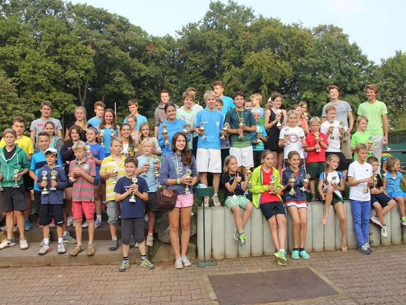 Erfolgreiche Jugendkreismeisterschaften des Tenniskreises Krefeld